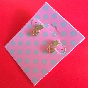 Tiny Pineapple 🍍 Stud Earrings.